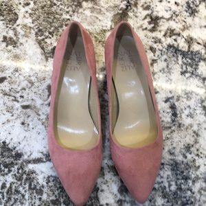 "Naturalizer Gia soft pink fabric 2"" shorty heels"